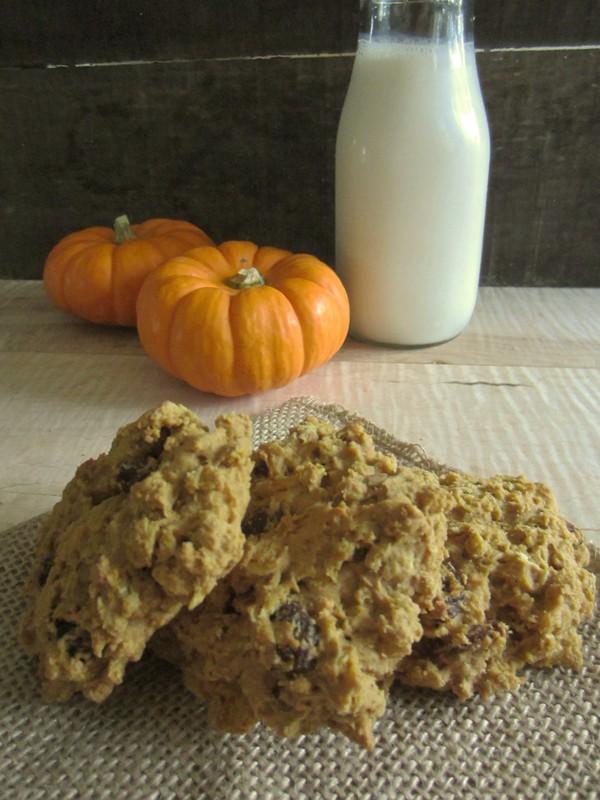 Recipe: Pumpkin Raisin Oatmeal Cookies