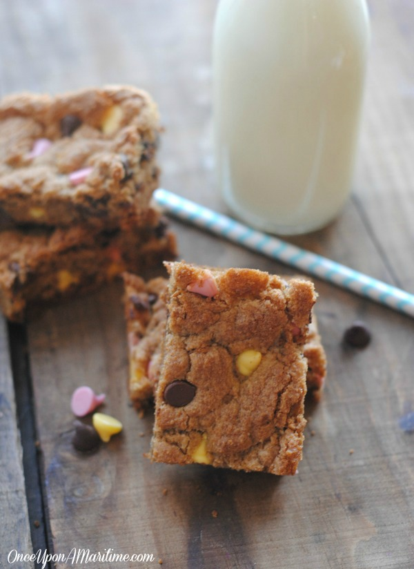 Spring Blondies - Easy and Tasty Party Treats 2