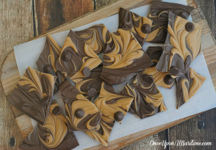 Chocolate and Peanut Butter Swirled Bark - Easy Show ...