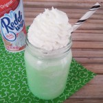 Celebrate St. Patrick's Day With This Low Calorie Shamrock Shake – RECIPE!